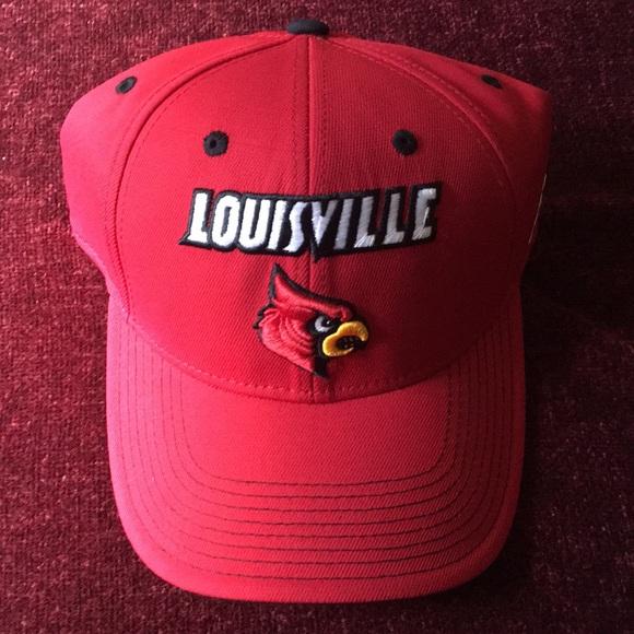 f58bb0ec adidas Accessories | University Of Louisville Cardinals Snapback ...